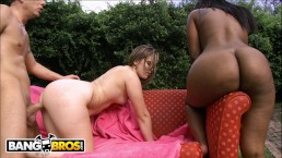 BANGBROS – Pleasure and Roxi Gettin' Their Big Asses Humped #TBT