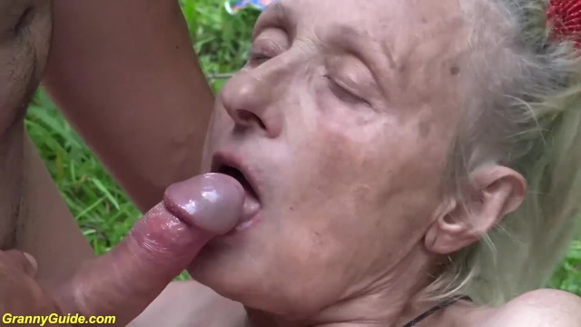 How to service 85 escort sitting for years 85 years old granny rough outdoor fucked