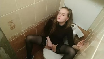 hidden camera in the toilet. hot schoolgirl masturbates her tight wet pussy