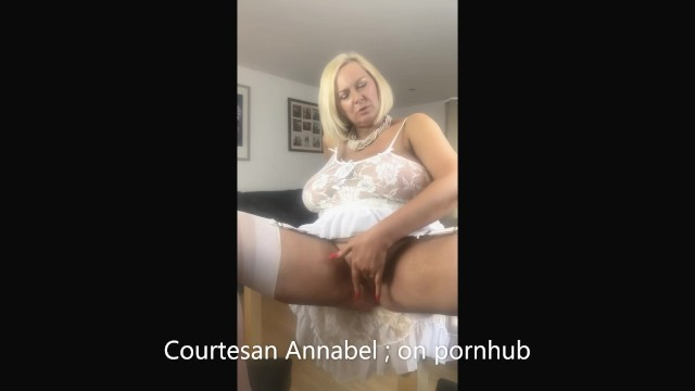 Raleigh durham escorts courtesans - Annabel finger fucking large labia lips