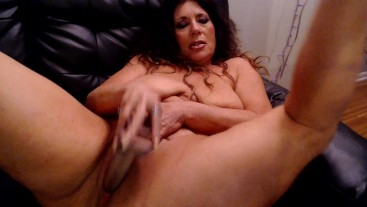 STEPMOM NEEDS her pussy stretched- custom