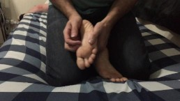 Sitting on Feet tickle test
