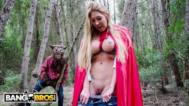 Red Riding Hood Lesbian