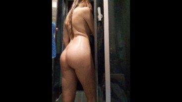Before family dinner masturbate and orgasm in the shower