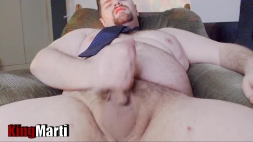 King marti strokes his big fat cock in nothing but a tie