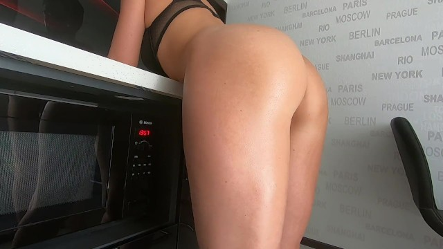 Fuck mommys ass My stepson fucked me so hard in the ass i came