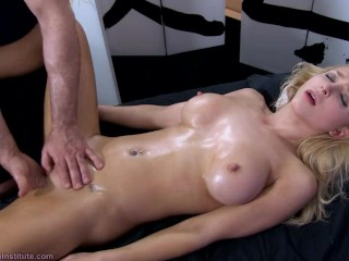 Tantric Massage 93 – Alix Lynx Intense Real Squirting Gspot Orgasms + Fuck