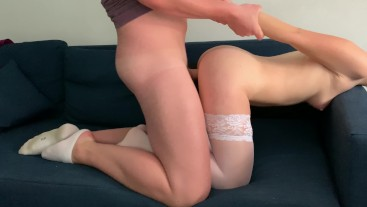 Guy is fucking a hot slut doggy and missionary, huge cumshot