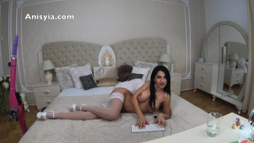 4k anisyia livejasmin pumping her mouth and pussy