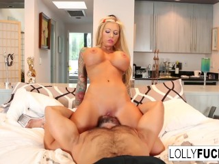 Gets Babe Pussy video: Sexy babe Lolly Ink gets her wet pussy eaten