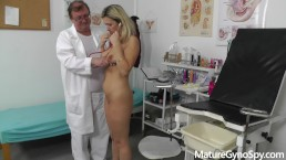 Gyno exam of sexy MILF Jenny Smith secretly filmed by her filthy gyno doc