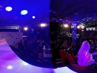 Lesbo Show Venus Berlin 360 Grad Public VR