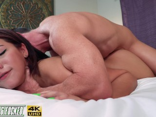 Huge Ass Teen Picked Up & Fucked! Valentina Jewels *FULL VID*