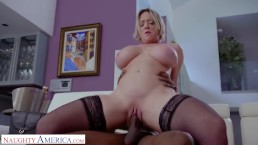 Naughty America – Dee Williams did NOT see this coming – Interracial Action