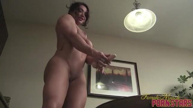 Female muscular clits porn Muscle porn star female bodybuilder brandimae fucks herself with a dildo