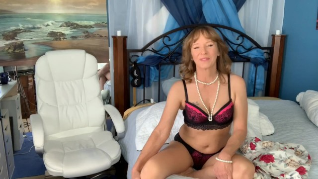 Erotic bedtime stories - Cyndi sinclairs not so bedtime stories sex on the first date 4-21-19