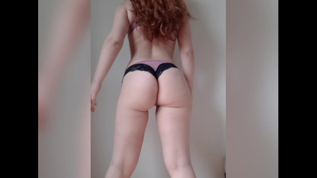 Fat redheaded girl videos Redhead girl twerking fat ass