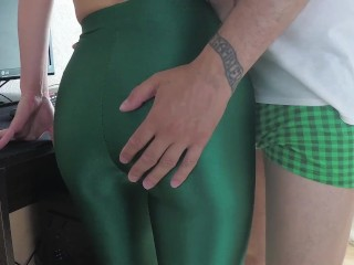 Redtube Free Porn Home Video Of A Girl In Green Leggings