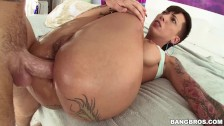 BANGBROS - Tattooed PAWG Bella Bellz Takes Anal From Mike Adriano