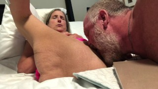 Filme porno de corpo inteiro - Vovó Quente Milf Madura Gilf Xoxota Depilada E Lambida Rosa Nighty Se