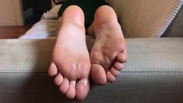 Cutie With Adorable Feet Gives Me A Footjob. Soles & Toes Covered In Sperm