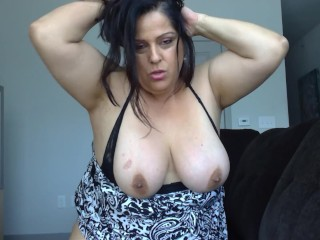 Milf hot mom matuerbating waiting on husband