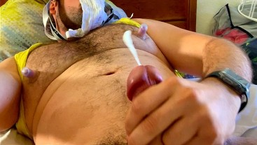 Muscle Bear Daddy Cumming From Whiffing Own Sweaty Jockstrap