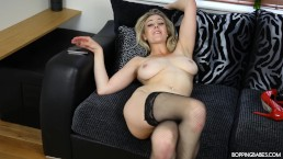 SAPPHIRE GIVES YOU A SEXY TREAT FOR YOU TO JERK OFF OVER!