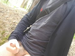 Long hair guy pissing, wanking and cuming in the woods
