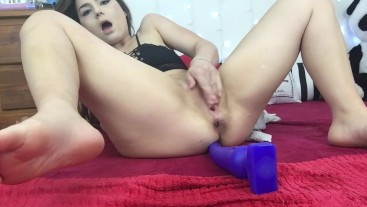 Deep Anal play makes her Cum and Squirt