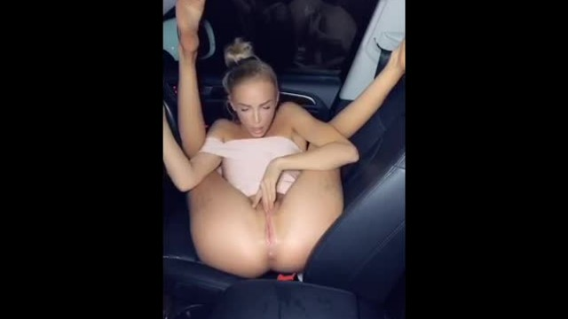 Squirting in my car - EmmaHixFlix Snapchat