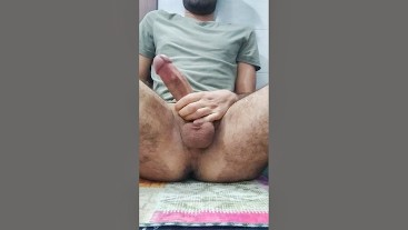 Huge Cock Sexy Guy Big Cumshot and Fingering Hairy Asshole