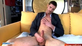 str8 guy in a gay porn in spite of him !