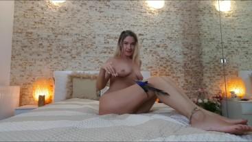Cute step sis strip & feather play till orgasm