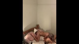 Скрытая камера парень трахает подругу лучшую подругу