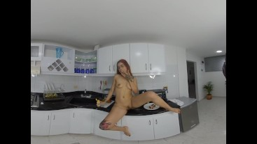 Little soffi second part to her food porn VR