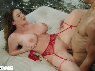 Free big tits anal fun sex with my natural pawg milf pawg ass boobs tits butt huge natur