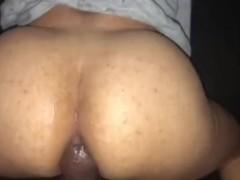 Fat ass light skin tranny takes bbc