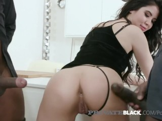Real Moms Getting Fucked Private Black - Sweet Lady Dee Gets Gangbanged By 4 Bbcs! Big