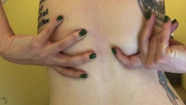 MILF gives you tour of her Stretchmarks