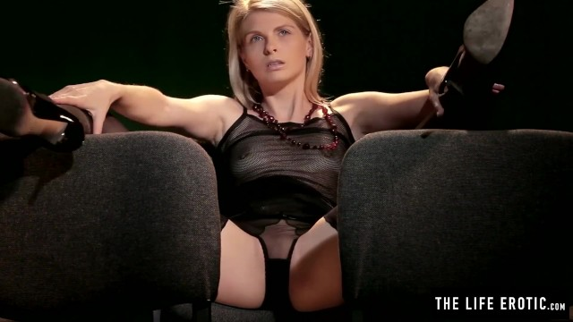 Big lipped milf movies - Skinny blonde girl has a really powerful orgasm at the movies