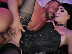 Brad Newman's first time with Jessica Jaymes in a Cage