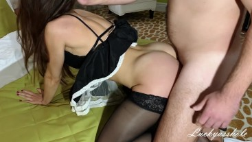 Young inexperienced maid fucks in anal and gets cum on bubble butt