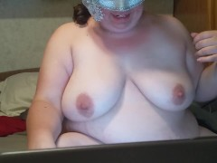 behind the scenes chaturbate webcam show chubby wife getting off