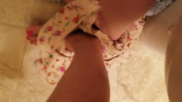 Short Shaved Girl Needs To Pee