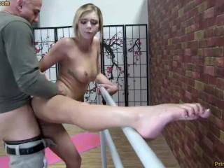 Escort serpentine belt stepmoms huge pumped pussy loud moaning light torture kink masturba