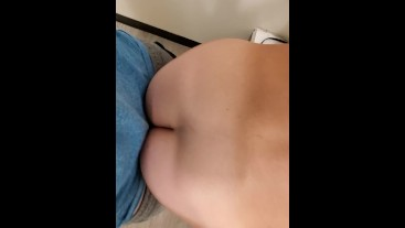 Hot girl with big ass gets fucked and cums in changing room