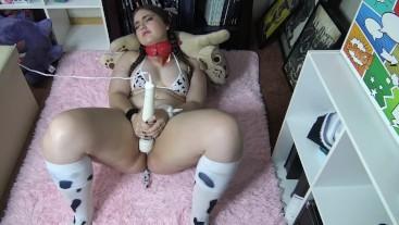 Cute Cow Hitachi Orgasm