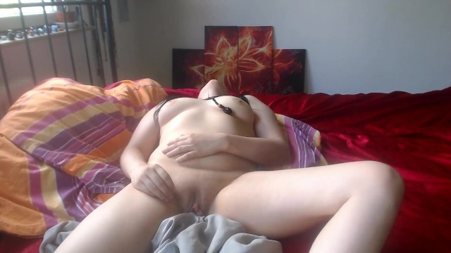 Rashes under breasts Watch her cum