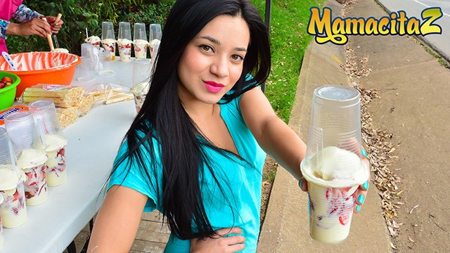 Vintage cookie vendor Mamacitaz - young petite colombian street vendor rides cock like a pro